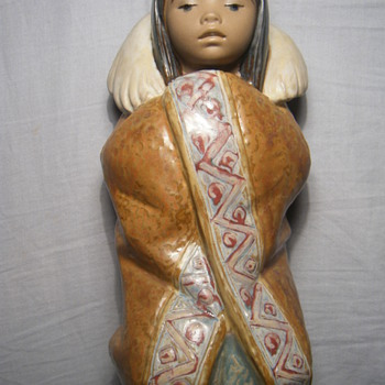 Lladró 12156 Eskimo Porcelain Figure/Hand Made In Spain - Figurines