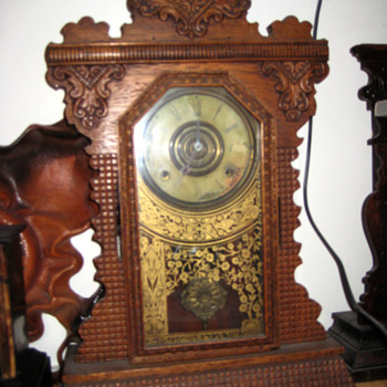 Antique american 1870&#039;s Ingraham Gingerbread clock.