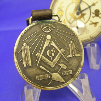 1915 'Made A Mason' Fob Token - Pocket Watches