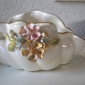 For A Dollar > Shimmering Glazed Gold Trim Decorated Shell Dish. B.F. Sigmo? Sigma?