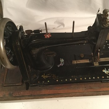 Mystery sewing machine .  - Sewing