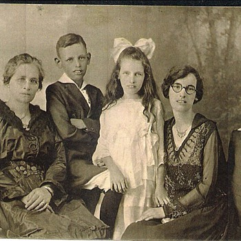Family photo, circa 1917 or thereabout - Photographs