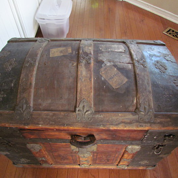 Just bought this trunk - Furniture