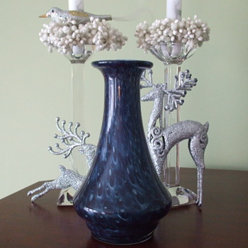 Inky Blue FISHSCALE VASE- Any Comments/Ideas on Maker - Art Glass