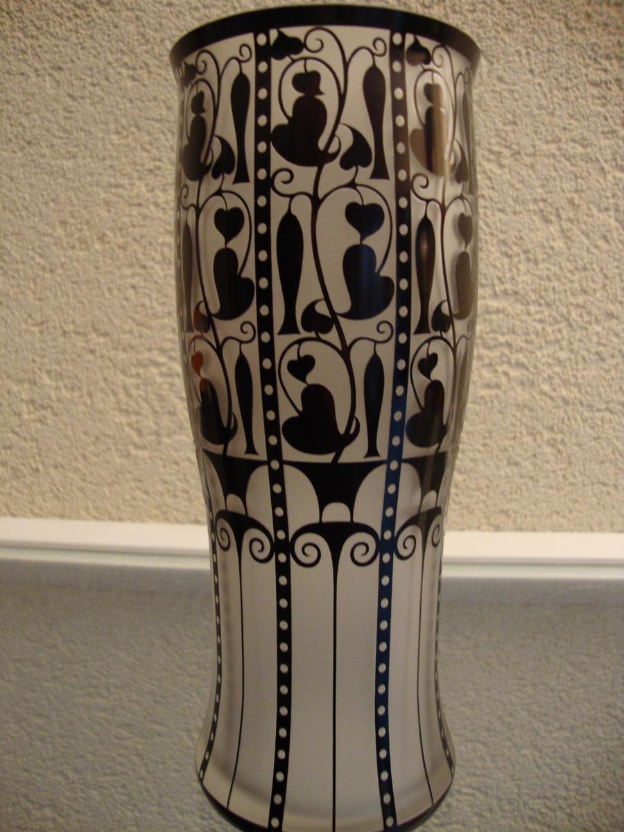 josef hoffman vase wiener werkstatte collectors weekly. Black Bedroom Furniture Sets. Home Design Ideas