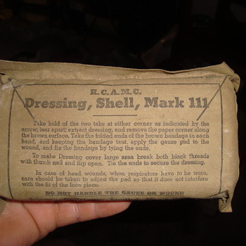 1951 dressing  shell  mark 111 - Military and Wartime
