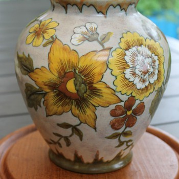 PZH Gouda pottery vase