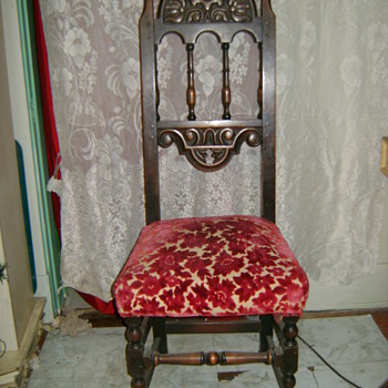 antique dining room? chair - Furniture