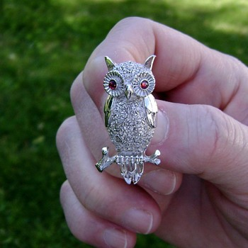 Trifari Owl Brooch - Costume Jewelry