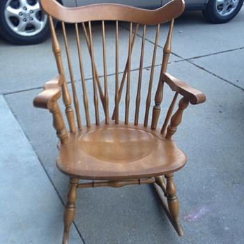 Cross spindle maple  rocking chair made in Japan  - Furniture