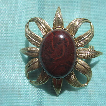 Gold & stone Brooch - Costume Jewelry