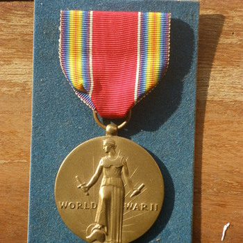 Grandfather&#039;s WWII Victory Medal, Metallic Art co. Still in the box!