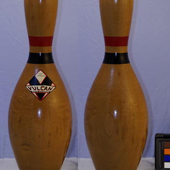 Vulcan Corp. White Diamond Bowling Pin, Clear Finish
