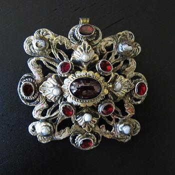 Austro Hungarian Garnet Pearl Pendant Brooch