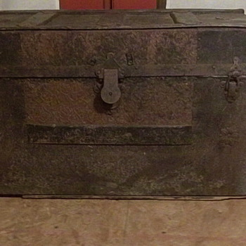 Vintage Trunk  - Furniture