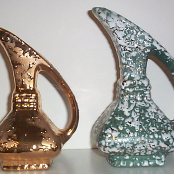 SAVOY CHINA - GOLD PAIRS III - Art Pottery