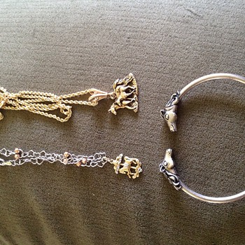 Garage Sale Gold! And Silver Horse Themed Jewerly