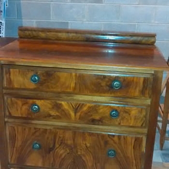 1927 English dresser - Furniture