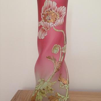 "sweet ""Musset"" vase of Legras"