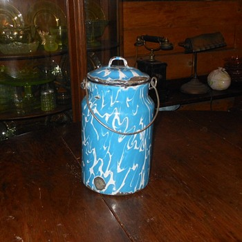Graniteware Blue Swirl Milk or Cream Pail - Kitchen