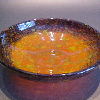 Monart Shallow Bowl c. 1930 - Art Glass