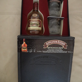 Appleton Estate Jamaica Rum, 2 Glasses Set, 2 Coasters