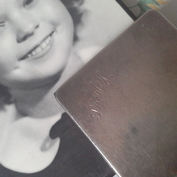 Shirley Temple compact