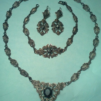 Mystery Necklace Art Nouveau/Deco Transition Marcasite Silverplate - Art Nouveau