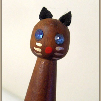 BookMarker -- Teak Wood -- Cat and Mouse