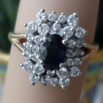 Beutiful cluster ring!! dimond and ? blue saphire? - Fine Jewelry