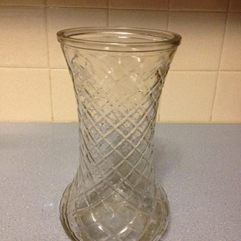 hoosier vase  4082  number 1 - Glassware