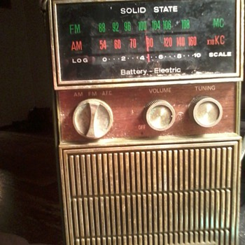 my grandpa owned this radio and wen he passed it was left to me - Radios