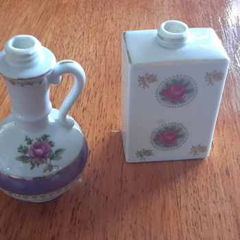 i found these cute little bottles at the opp shop. not sure of there origin. any ideas.