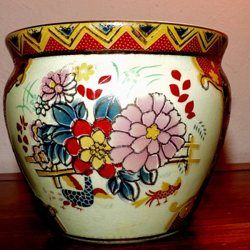 antique satsuma  fish bowl vase planter