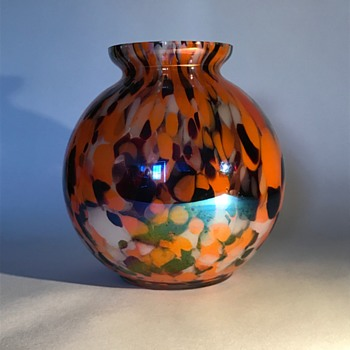 Kralik Iris Spatter Glass Ball Vase