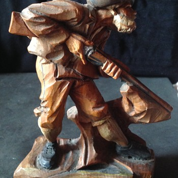 ANRI wood carved hunter figure - Folk Art