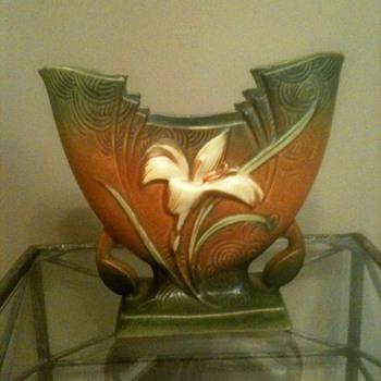 Roseville Art Deco Zephyr Lily Vase