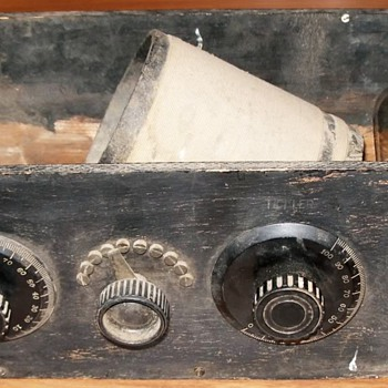 Vintage One Tube Radio Kit