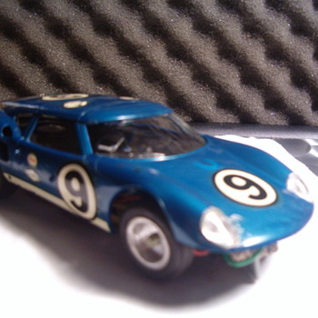 MONOGRAM FORD LOLA GT SLOT CAR 1/32
