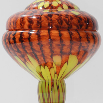 Czech Deco Export covered sweet dish. - Art Glass
