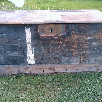 trying to identify my Antique Sea Chest