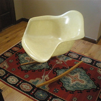 EAMES RAR ROCKER (aka Eames Shell Rocker) - Furniture