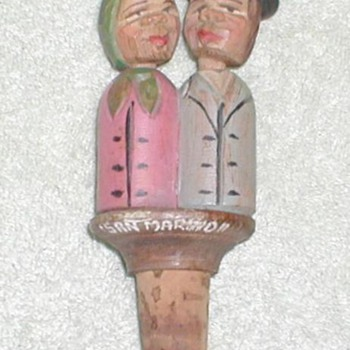 Carved Cork Kissing Couple - San Marino - Folk Art
