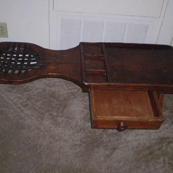 EARLY AMERICAN COBBLER'S BENCH