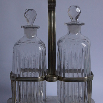 A Decanter Stand with Mould Blown Decanters. - Art Glass