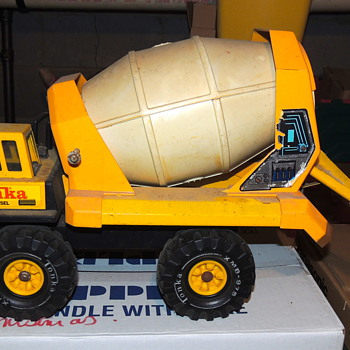 Vintage TONKA 3905 Turbo Diesel Cement Truck - Model Cars