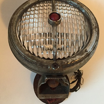 Electroline model 32 truck light. - Lamps