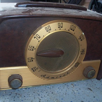 1950 Admiral radio Model 5E22 - Radios