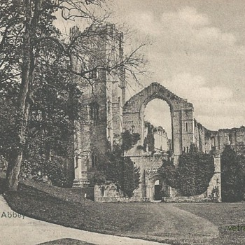 FOUNTAINS ABBEY - YORKSHIRE - Postcards