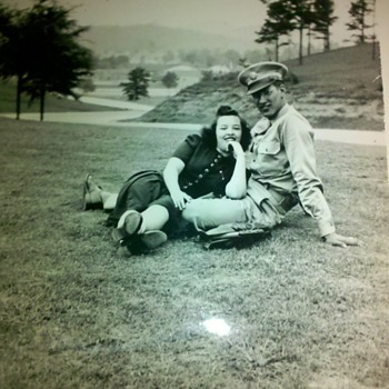 WWII G.I. and his sweet heart - Military and Wartime